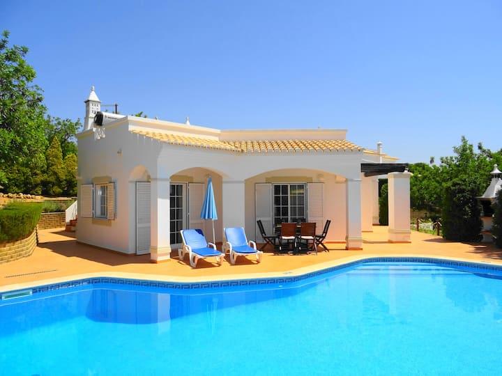 Villa Alegre,  w/private pool,Sat,Ac, free-Wifi