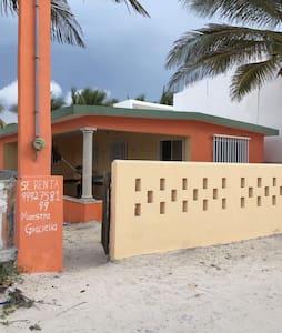 Linda casa de playa - Chuburná - Дом