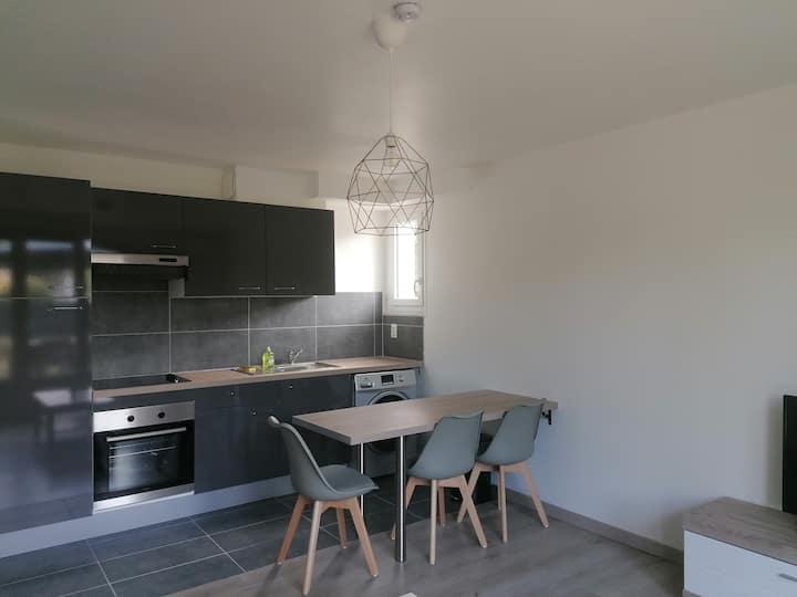 Appartement moderne accès direct jardin 4personnes