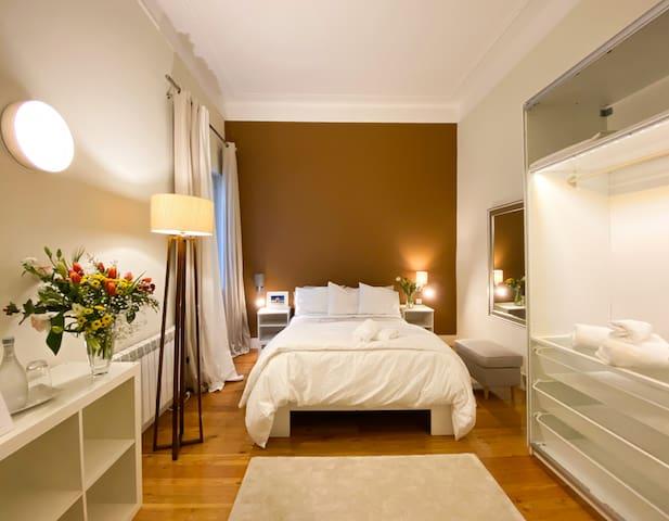 Quarto Master bed ~ Guest House Bairro Azul