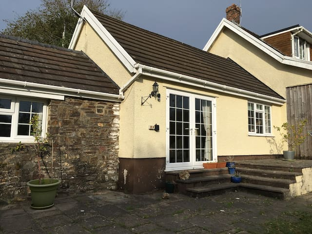 Esgair Cottage