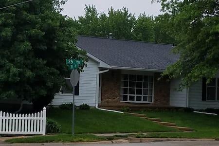 Marion Corner Home
