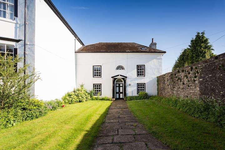 Trellech House Annex