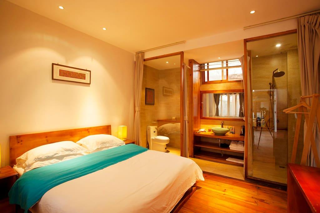 温馨舒适的精品大床房