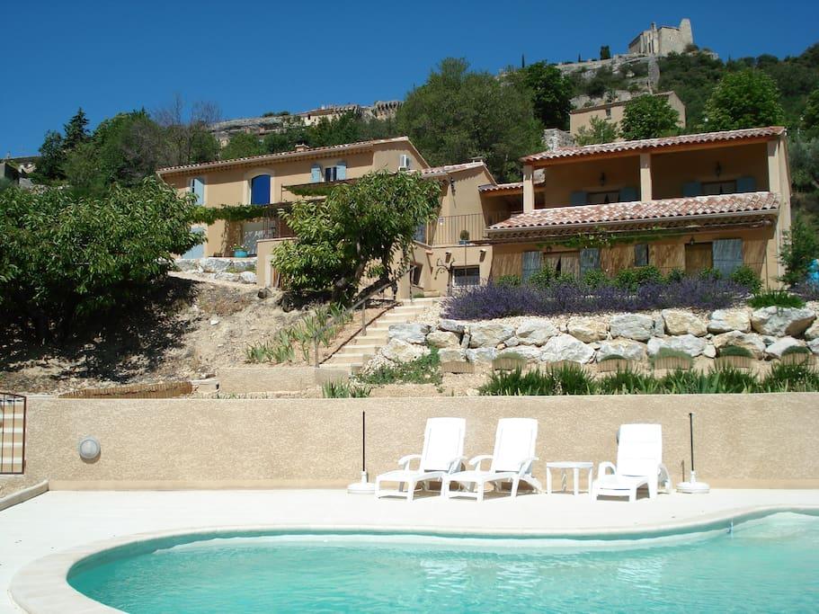 Chambre d 39 hotes avec piscine a st saturnin les apt for Chambre d hote saint palais