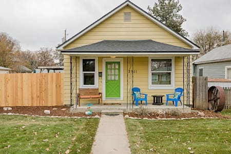 North End house to yourself/Fenced yard/Pets Ok