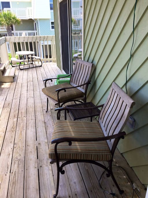 Relaxing deck right off the kitchen/dining room.