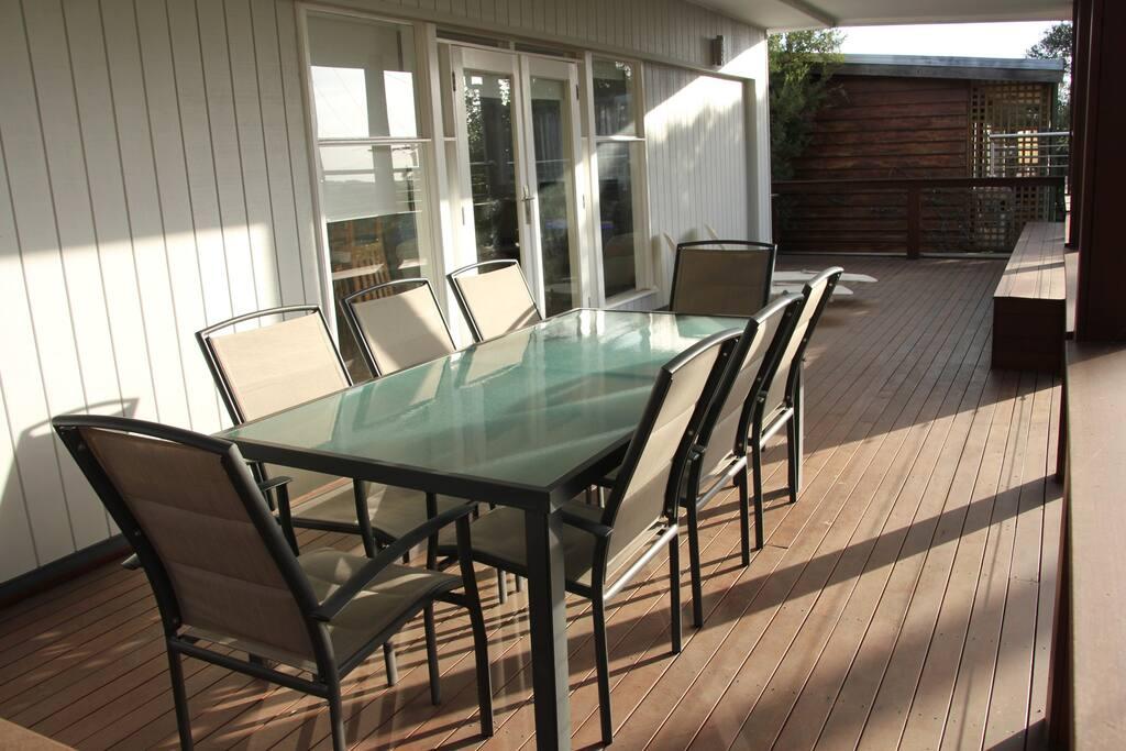 Sun Deck Balcony with BBQ facilities overlooking Tree Tops.