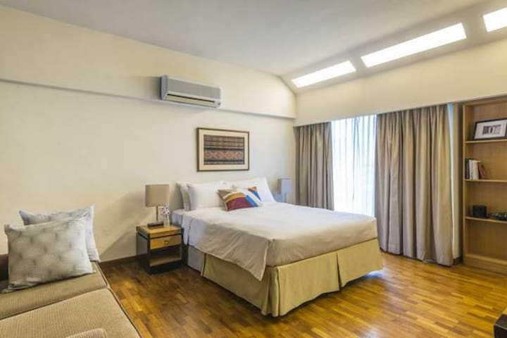 Affordable Studio @ Orchard Road!