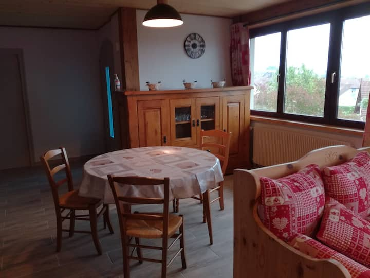 Le p'tit Chasseral: Appartement neuf et lumineux