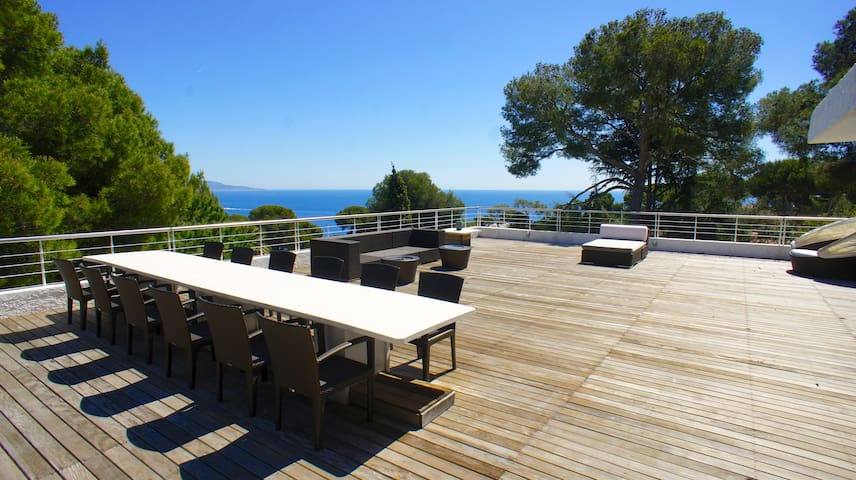 Villa in the heart of Cap Martin - Roquebrune-Cap-Martin - Villa