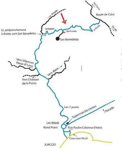 Le village, situé a quelques kilometres d'Ajaccio