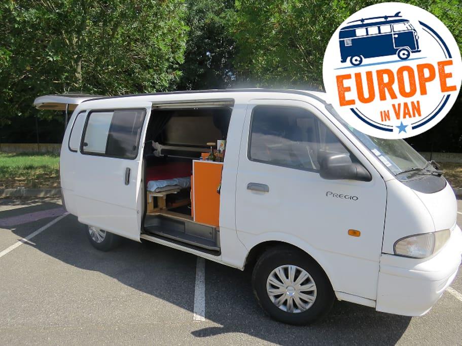 location van am nag europe in van montpellier camping cars caravanes louer. Black Bedroom Furniture Sets. Home Design Ideas