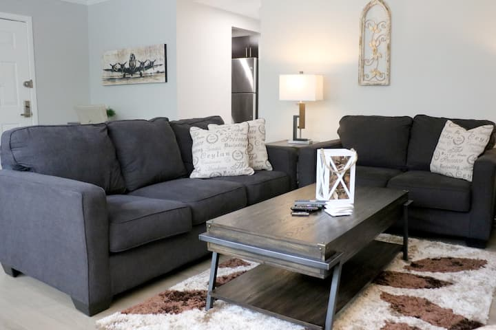 Selective Two Bedroom Executive Suite - NO FEES!