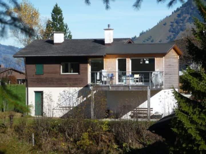 Gemütliches Haus in den Bergen