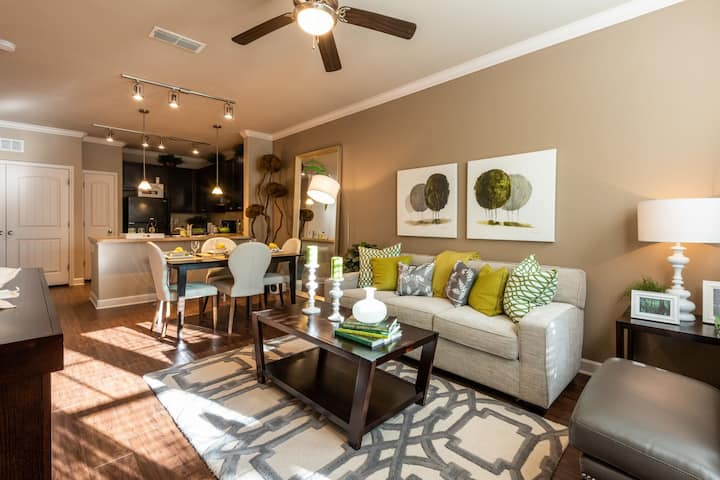 Upscale apartment home | 1BR in Durham