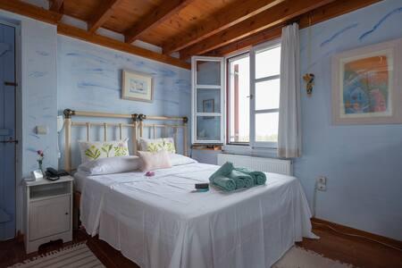 New listing! Beautiful cottage near the sea - Kotsinas