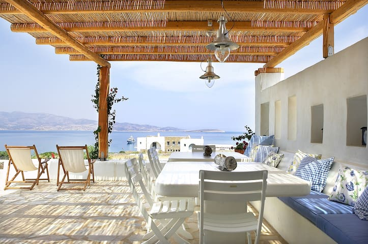 Relaxing villa by the sea - Soros - Huvila