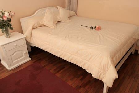 Single Room - Alausi