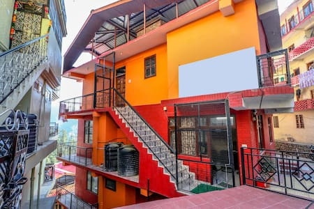 OYO - Best Offer! Well-Furnished 2BHK Home in Bharari, Shimla