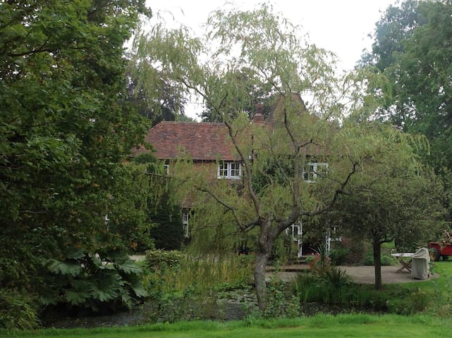 Oast Acre House, tranquility and seclusion