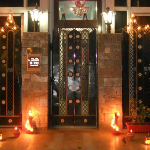 NEW DELHI EXPATS RESIDENCY Family Studio Apartment - New Delhi - Appartement