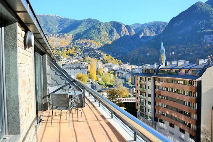 BEST VIEW IN ANDORRA w/ FREE PARKING & BIG TERRACE