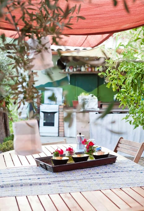 Outdoor kitchen is available for you to use between 19:00 - 21:00 in the evening for preparing VEGETARIAN dishes.  We do not have a public refrigerator.