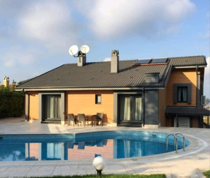Luxury villa 7+2  n zekeryakoy w pool& sauna
