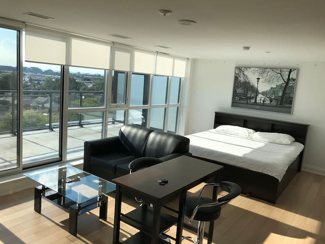 Studio With Terrace Across Yorkdale Mall