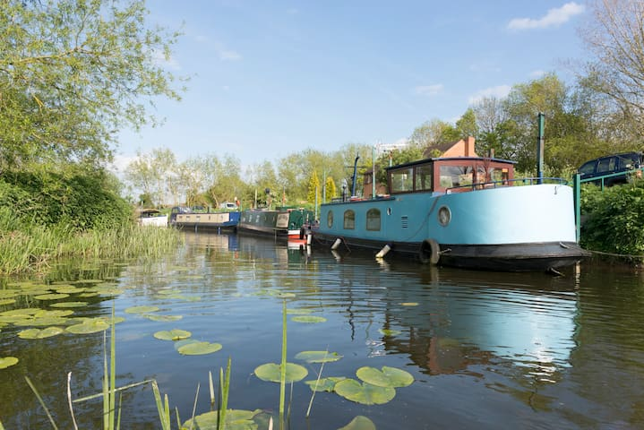 Charming Unique Houseboat near Stratford upon Avon - Warwickshire - Barco