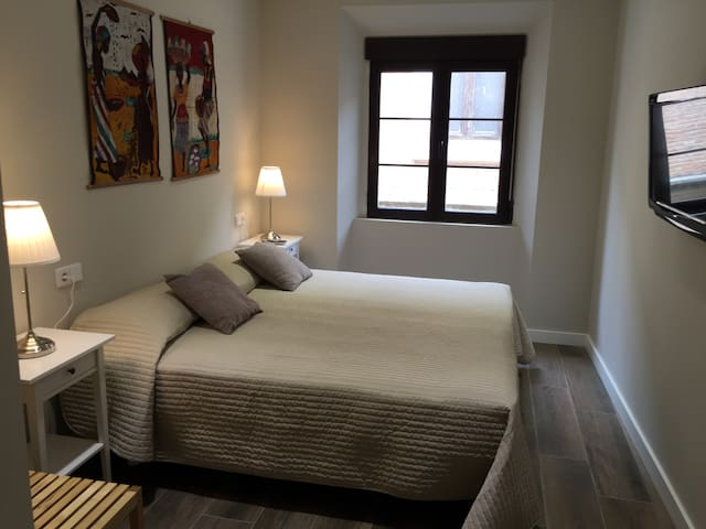 Dormitorio 1 en suite, 2 camas individuales