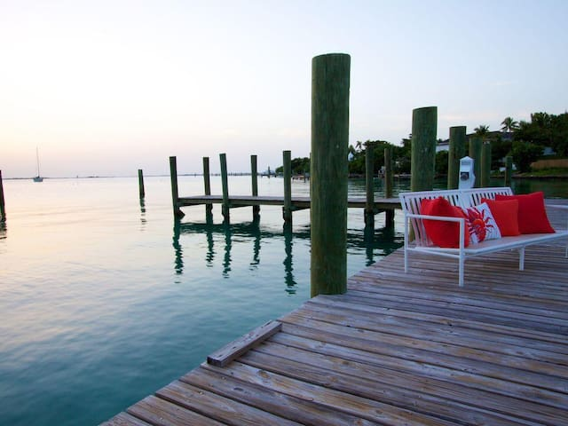 The 'Hideaway', a Magical Island Retreat in Harbour Island!