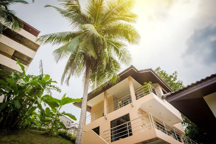 Apartment with private balcony at Chaweng mountain