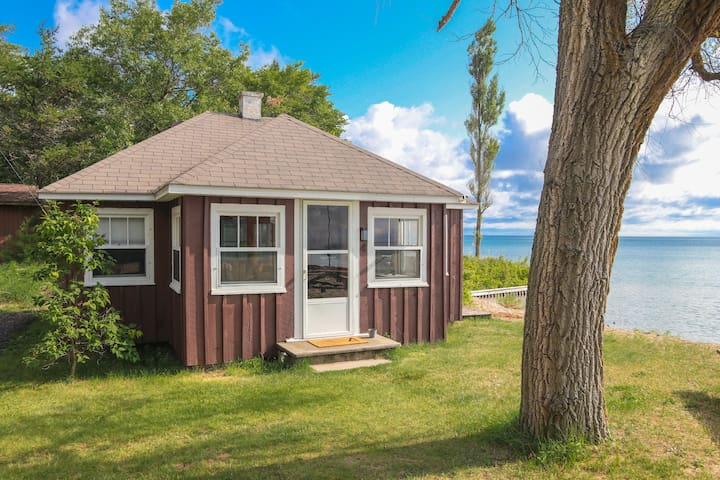 Shady Shores, Oscoda - Cabin 4
