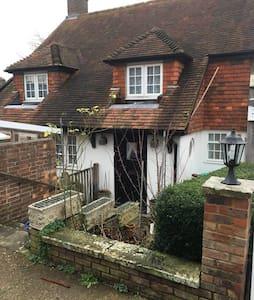Cosy  Cottage in Sussex  £30 per room per night.