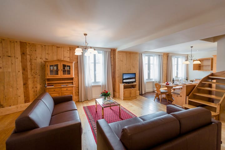 Luxurious Apartments in Samedan - 4 persons