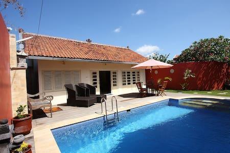 Central 2-person villa with fully private pool - Mantrijeron - Vila