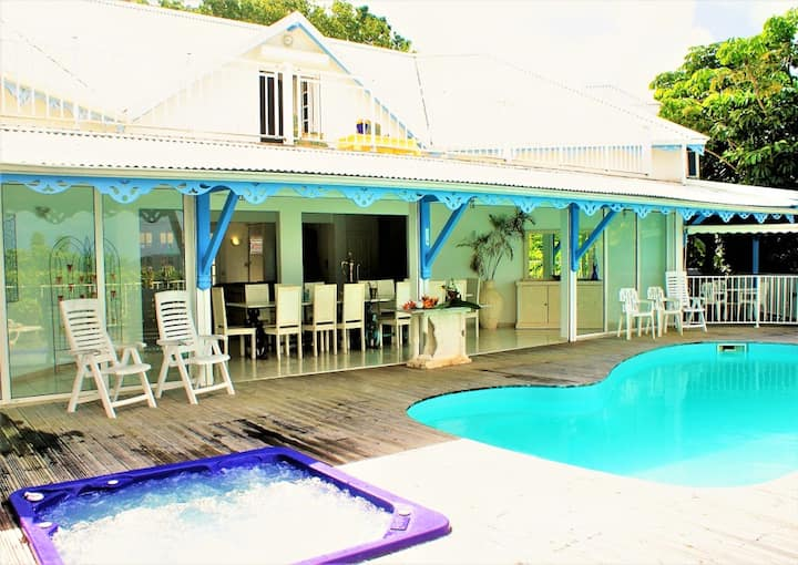 Villa with 4 bedrooms in Deshaies, with wonderful sea view, private pool, furnished garden