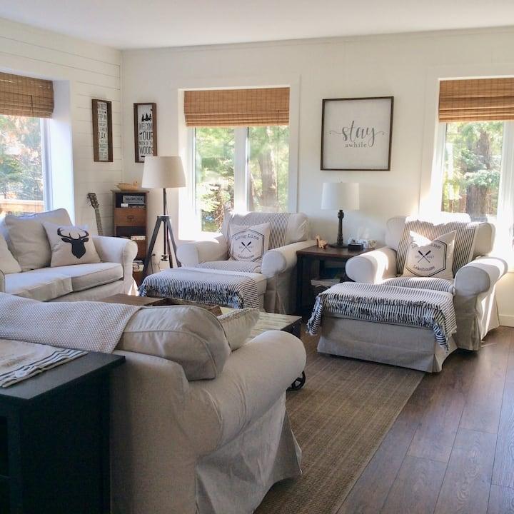 Bright windows and decor
