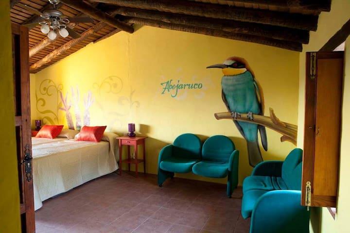 Abejaruco, Nature Lodge with incredible views