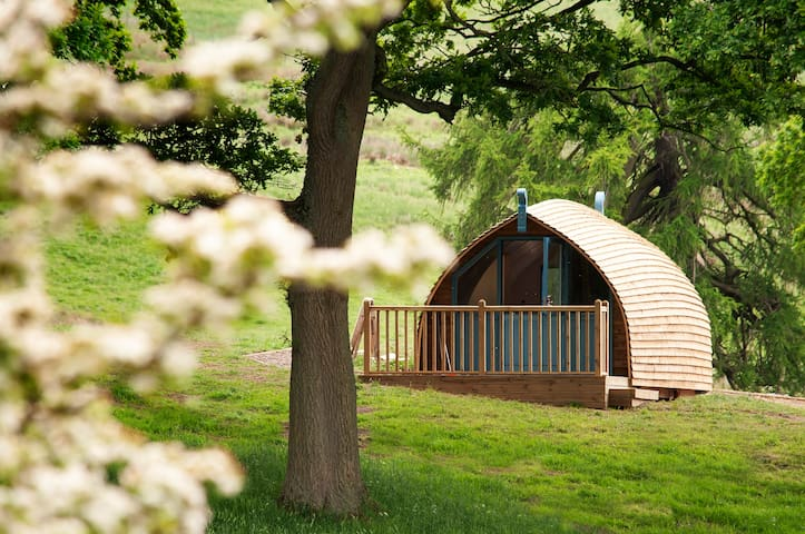 Langley Glamping Cabins - Wheatley's