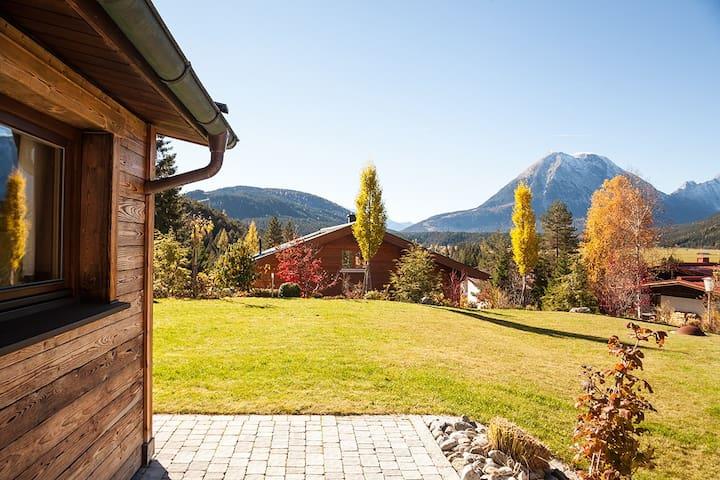 Modernes Alpen-Studio