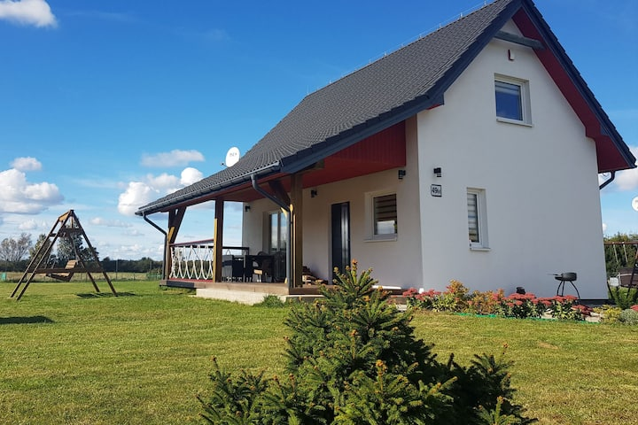 Fantastic house, located among meadows and nature, 3 km from the sea