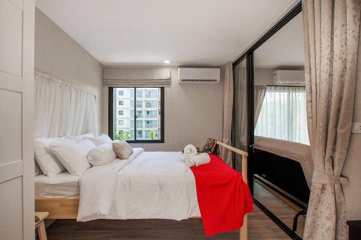 Pool-view apartment at Naiyang beach