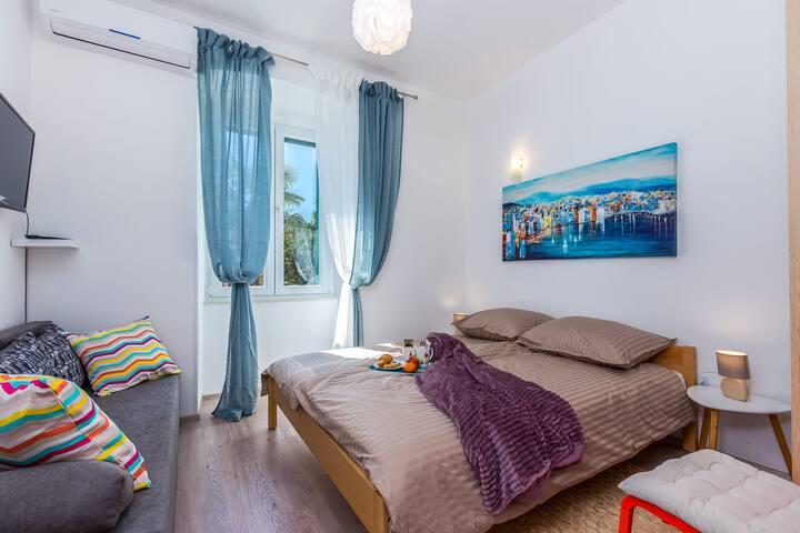 Studio Apartment Avalon