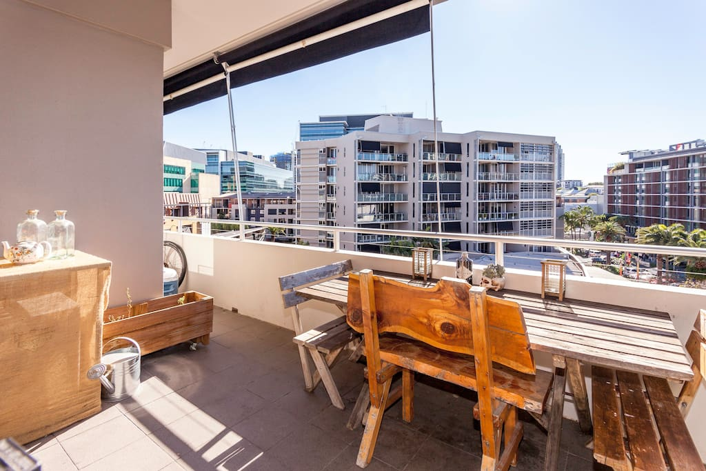 Top Floor Apartment Pool Spa Apartments For Rent In Fortitude Valley Queensland Australia