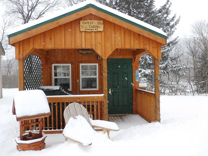 The Cutest Cabin in Windham minutes to ski slope