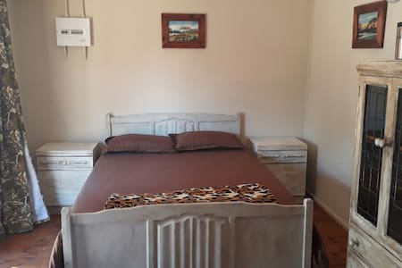 Rooibok - Affordable Rooms 15min from City Centre