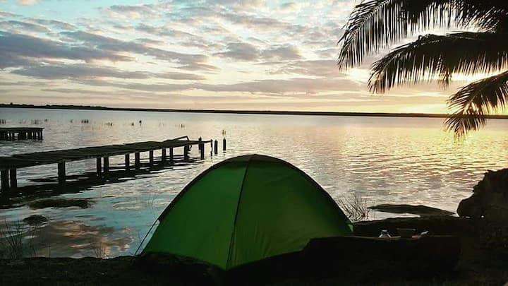 (g) Camping, LINDA VISTA, propiedad orilla laguna